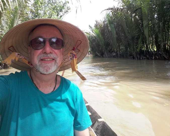 Airton Ortiz no Rio Mekong, Vietnã. Divulgação